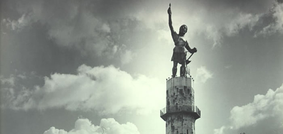 Statue of Vulcan in Birmingham, Alabama, 1957.